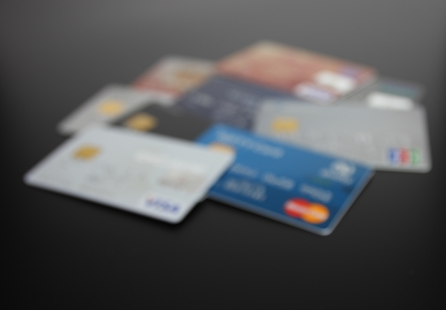 クレジットカードやローン